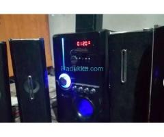 Subwoofer with 5 Buffles